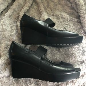 Marc Fisher Black Wedge Shoes with Peep Toe 7 1/2
